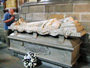 EFFIGY OF DR JOHN COLLINGWOOD BRUCE, WHOSE MEMORY IS MARKED DURING EVERY PILGRIMAGE BY THE LAYING OF A WREATH.